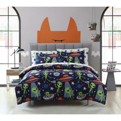 Allan the Peace Alien Comforter Set