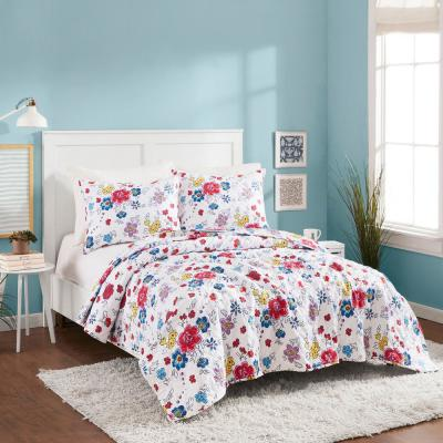 FLOWER PATCH WHITE POLYESTER QUILT SET BY MOLLY HATCH