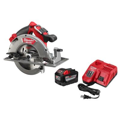 Milwaukee M18 FUEL 18-Volt Lithium Ion Brushless Cordless 7 1/4 in. Circular Saw with M18 18-Volt 9.0Ah Starter Kit
