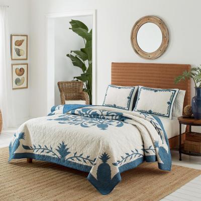 Aloha Pineapple Cotton Quilt