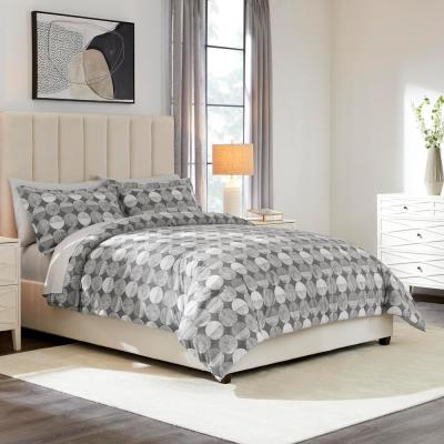 Jonah 3-Piece Reversible Comforter Set