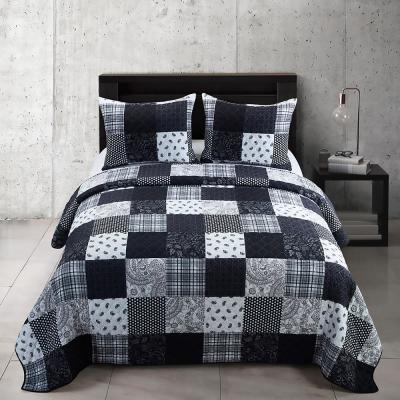 Donna Sharp London Collection Geometric 140-Thread Count Microfiber Quilt