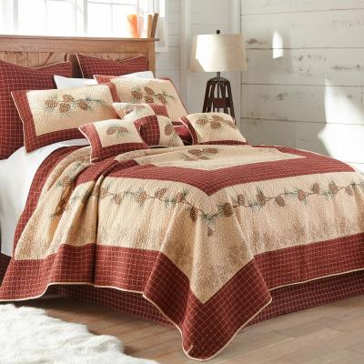 Donna Sharp Pine Lodge Collection Graphic 140-Thread Count Cotton Quilt