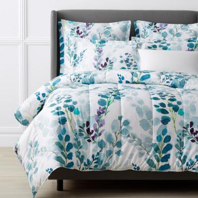 Legends Hotel? Wrinkle-Free Sateen Comforter