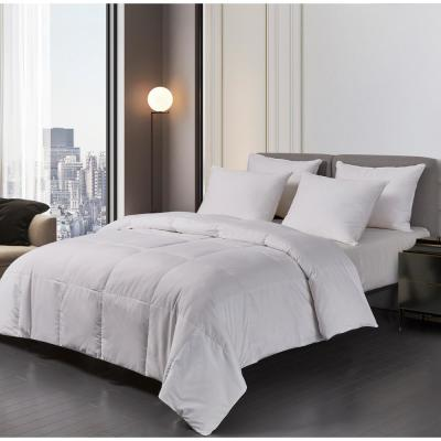 Light Warmth White Down Comforter