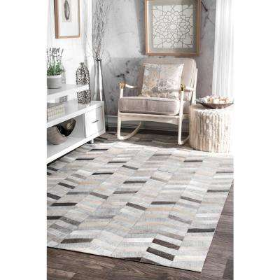 Cowhide Mitch Silver 6 ft. x 9 ft. Area Rug