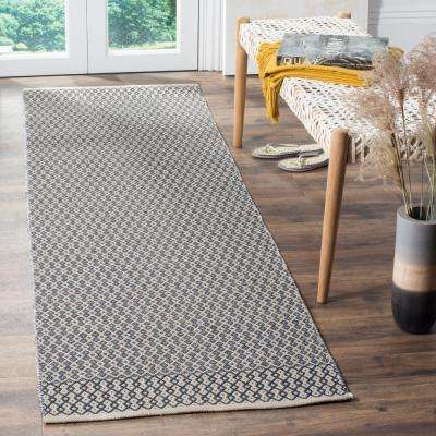 Montauk Ivory/Navy 2 ft. 3 in. x 12 ft. Runner