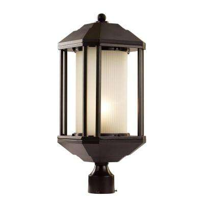 Outdoor Rubbed Oil Bronze Post Light With Ribbed Glass Shade