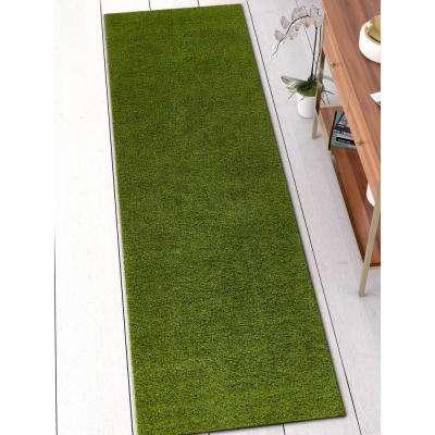 Arcadia 2 ft. 7 in. x 7 ft. 7 in. Artificial Grass Indoor/Outdoor Green Turf