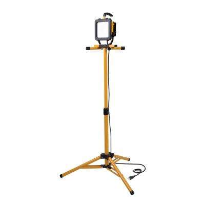 2500 Lumen LED Tripod Stand Work Light