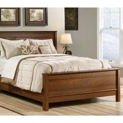 Carson Forge Collection Queen Footboard with Rails in Washington Cherry