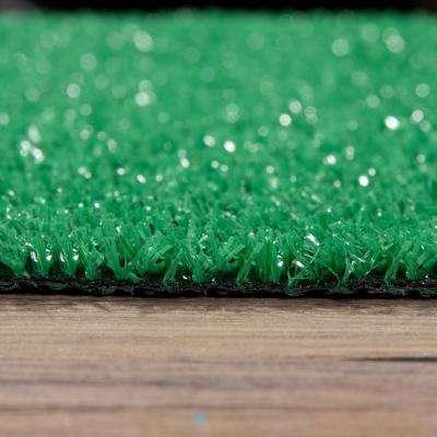 Garden Collection 5 ft. 2 in. x 7 ft. Green Artificial Grass Area Rug