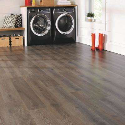 Kingship Oak Water Resistant 12 mm Laminate Flooring (19.83 sq. ft. / case)