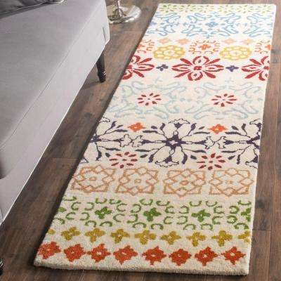 Wyndham Ivory/Multi 2 ft. x 11 ft. Runner Rug
