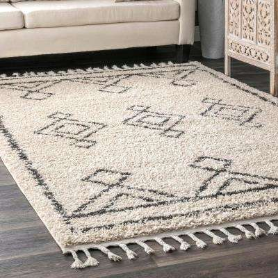 Mackie Moroccan Diamond Tassel Off White 3 ft. x 5 ft. Area Rug