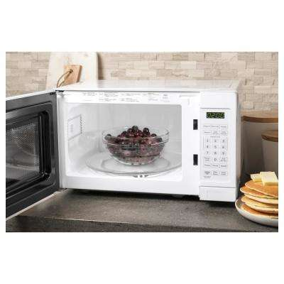 0.7 cu. ft. Small Countertop Microwave in White