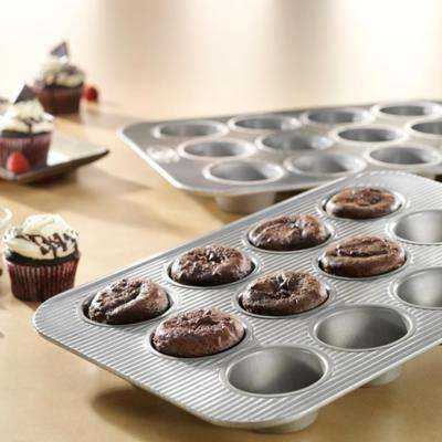 Non-Stick Aluminized Steel Bakeware 12-Cup Muffin Pan