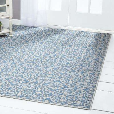Patio Country Blue/Gray 5 ft. 2 in. x 7 ft. 2 in. Indoor/Outdoor Area Rug