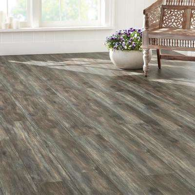 EIR Marietta Oak 12 mm Thick x 7.56 in. Wide x 47.72 in. Length Laminate Flooring (20.04 sq. ft. / case)