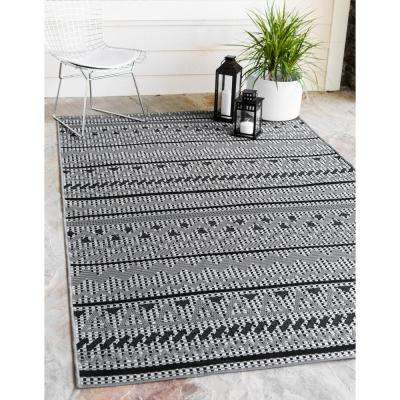Outdoor Southwestern Gray 9' 0 x 12' 0 Area Rug