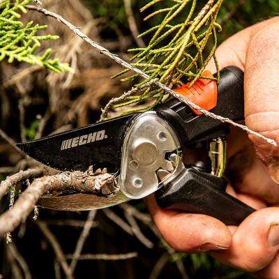 Bypass Hand Pruner with Teflon Coated Steel Blade