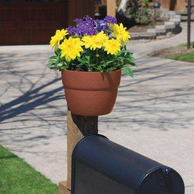 8.5 in. Resin Sand Post Planter for Vertical Posts