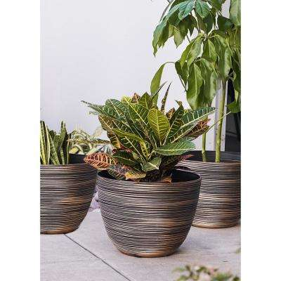 Xbrand 12 in. Tall Bronze Modern Nested Round Textured Indoor/Outdoor Plastic Pot Planter (Set of 3)
