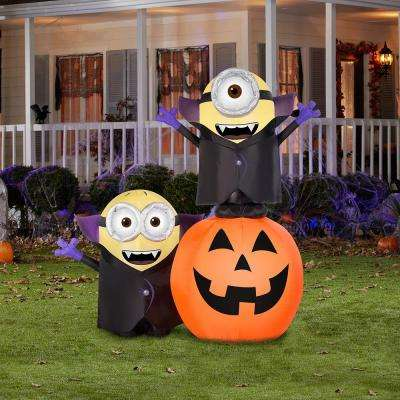 Airblown 6.5 ft. Pre-Lit Gone Batty Minion Pumpkin Scene Halloween Inflatable