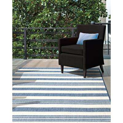 Outdoor Robin Blue 7 ft. 6 in. x 7 ft. 6 in. Square Rug