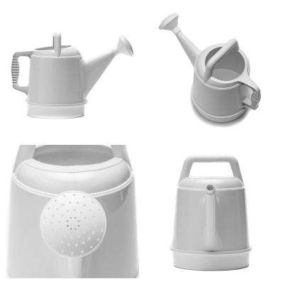 2.5 Gal. Peppercorn Deluxe Watering Can