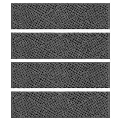 Charcoal 8.5 in. x 30 in. Diamonds Stair Tread (Set of 4)