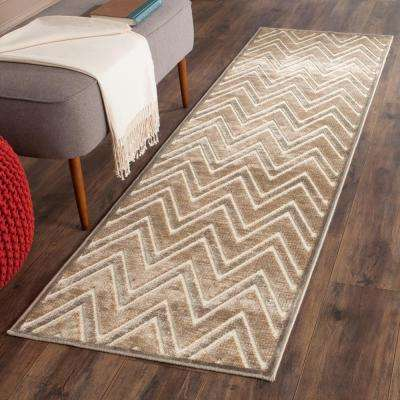 Paradise Mouse/Cream 2 ft. x 8 ft. Runner Rug