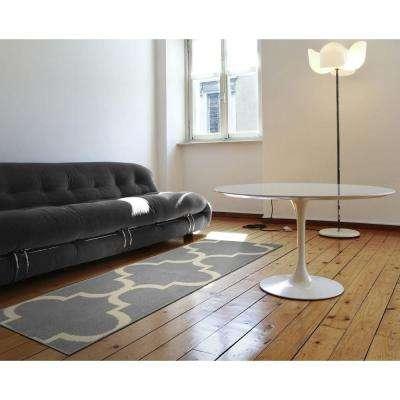 Large Quatrefoil Silver/Ivory 2 ft. x 5 ft. Runner Rug