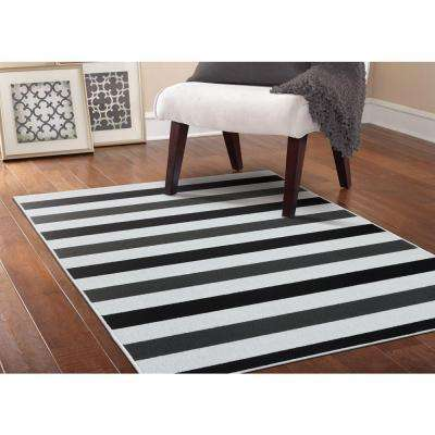Rugby Black/Cinder Gray/White 5 ft. x 7 ft. Area Rug