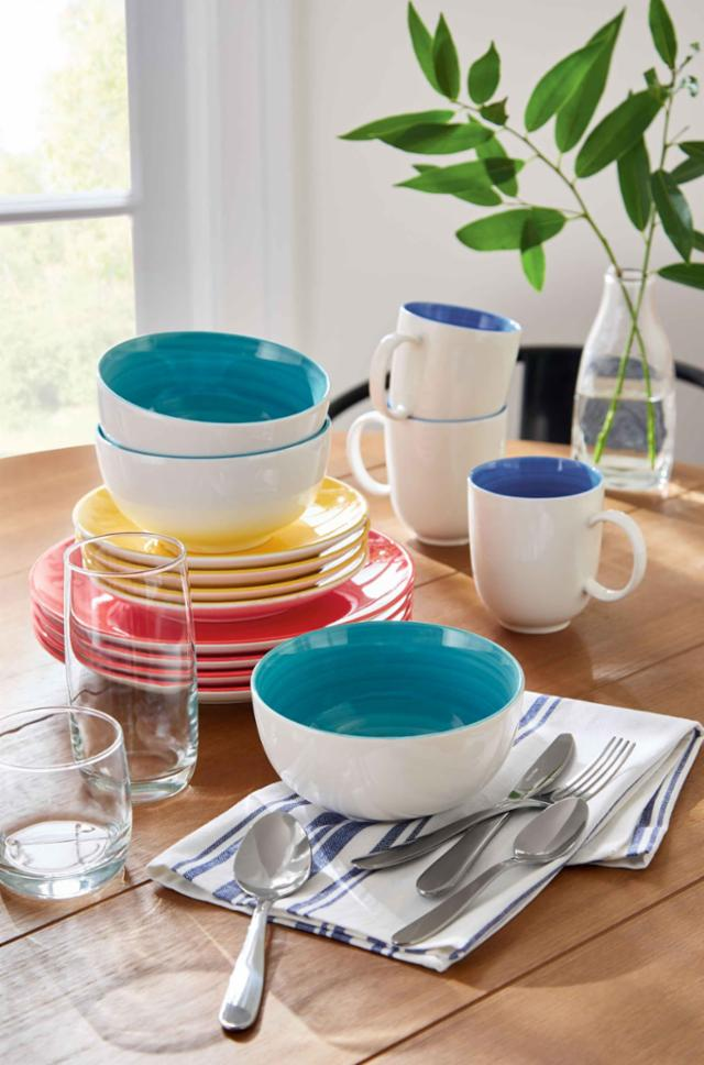 Bold And Bright Dinnerware