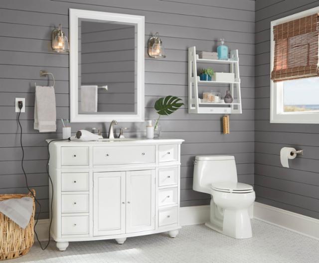 Classically Coastal Bathroom