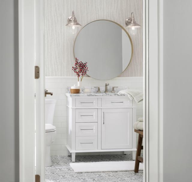 Festive Farmhouse Bathroom