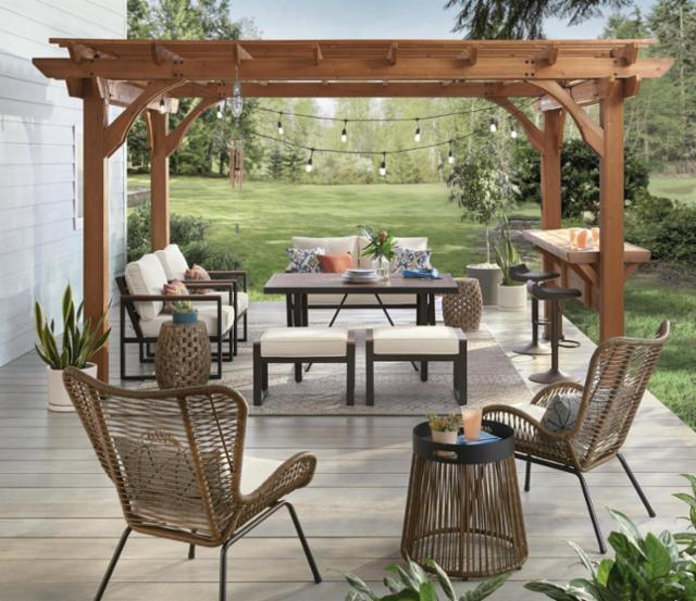 Summer Sunshine Backyard