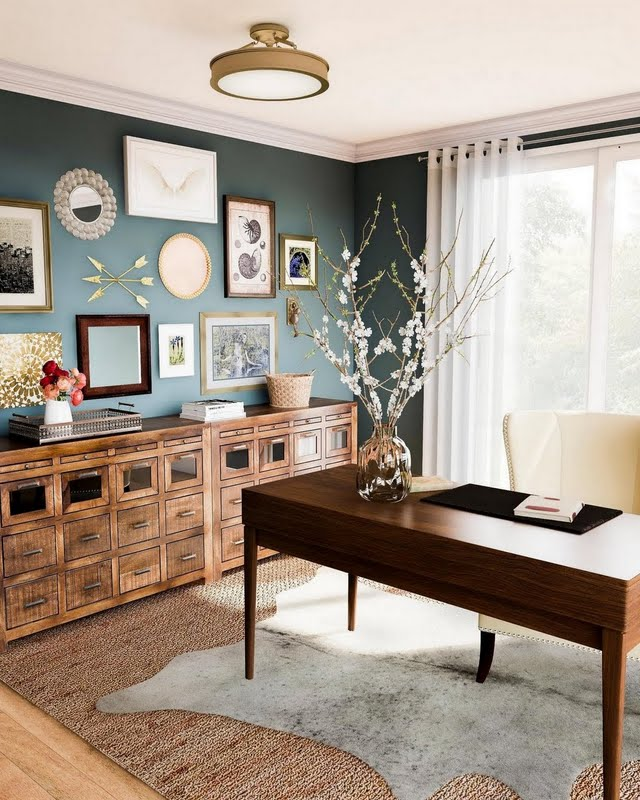 Contemporary Colonial Home Office