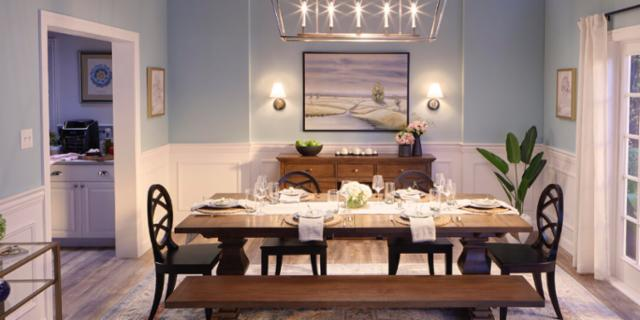 Memorable Classic Dining Room
