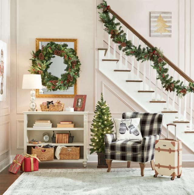 Classically Christmas Entryway
