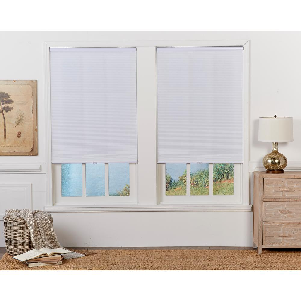 Perfect Lift Window Treatment Cut To Width White Cordless Light Filtering Cellular Shade 28 In W X 48 In L Qcwt280480 The Home Depot
