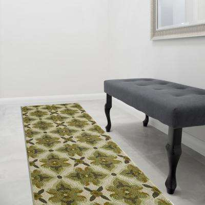 Muskoka Apple Polyester 3 ft. x 8 ft. Runner Rug