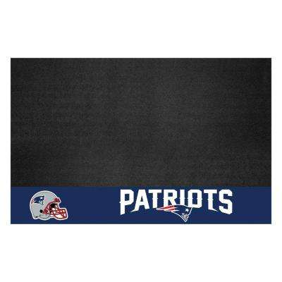 New England Patriots 26 in. x 42 in. Grill Mat