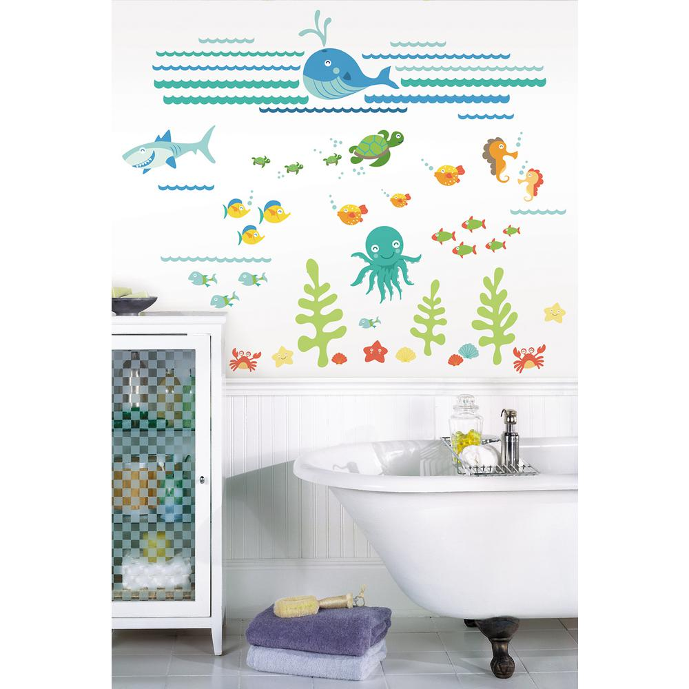 Multi-Color Under The Sea Wall Applique Kit