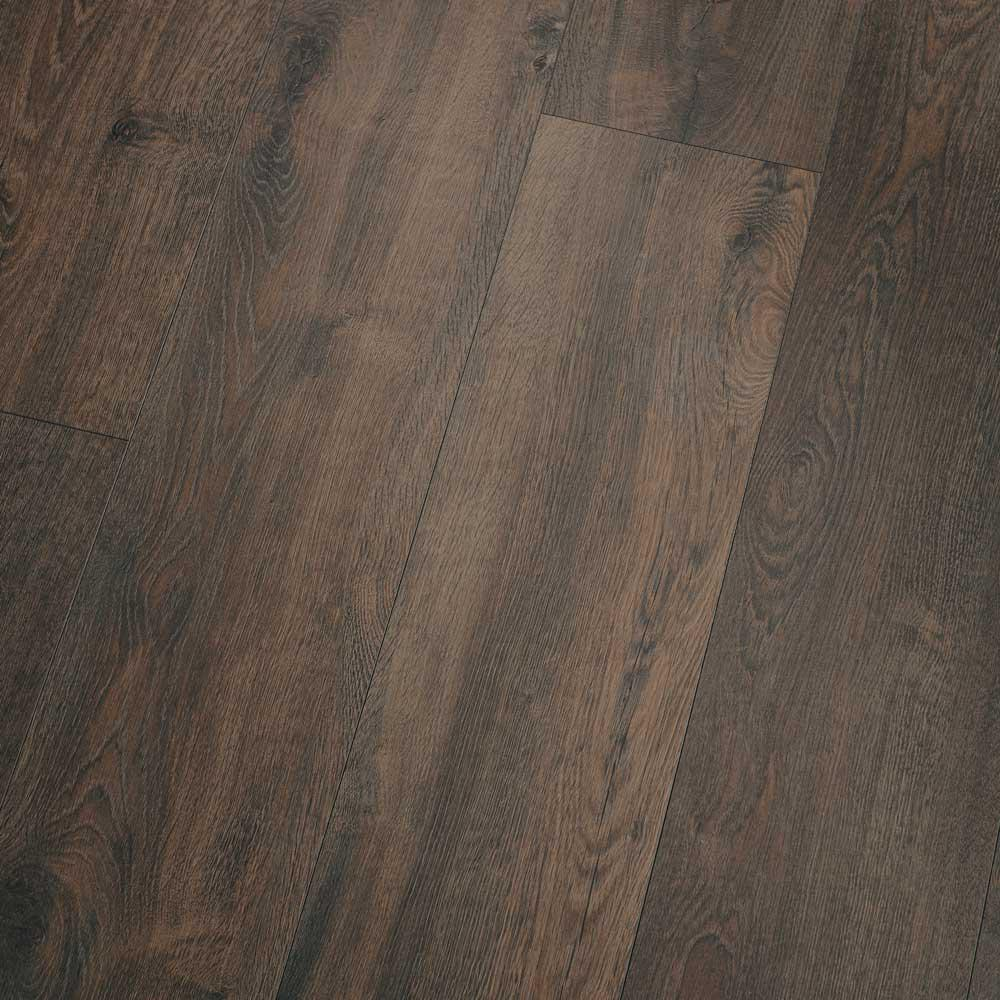 Pergo XP Hudson Brown Oak 10 mm Thick x 7-1/2 in. Wide x 47-1/4 in. Length Laminate Flooring (1079.65 sq. ft./pallet)