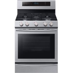 Click here to buy Samsung 30 inch 5.8 cu. ft. Single Oven Gas Range with Self-Cleaning and True Convection Oven in Stainless Steel by Samsung.