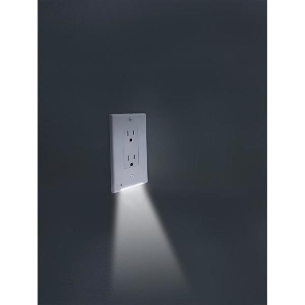Glocover Glocover 1 Gang Decor Plastic Wall Plate With Built In Nightlight White Gc Cddo W The Home Depot