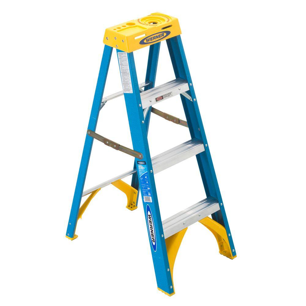 Werner 4 Ft Fiberglass Step Ladder With 250 Lb Load