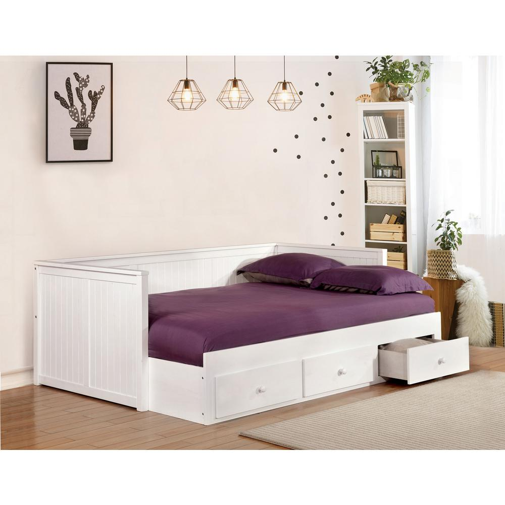 - William's Home Furnishing Wolford White Full Size Daybed CM1927WH